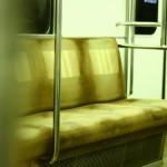 電車の優先席付近での携帯電話の電源オフが緩和されました